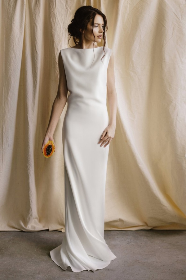 Betwins Minimalist Gown