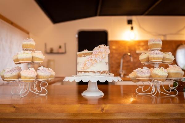 Nans Bakery cakes
