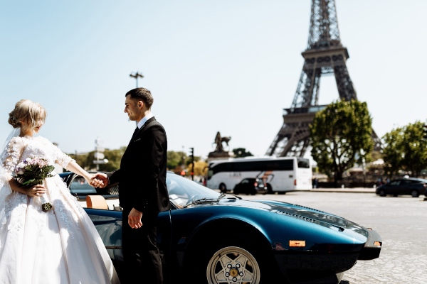 Romantic Bride and Groom Paris