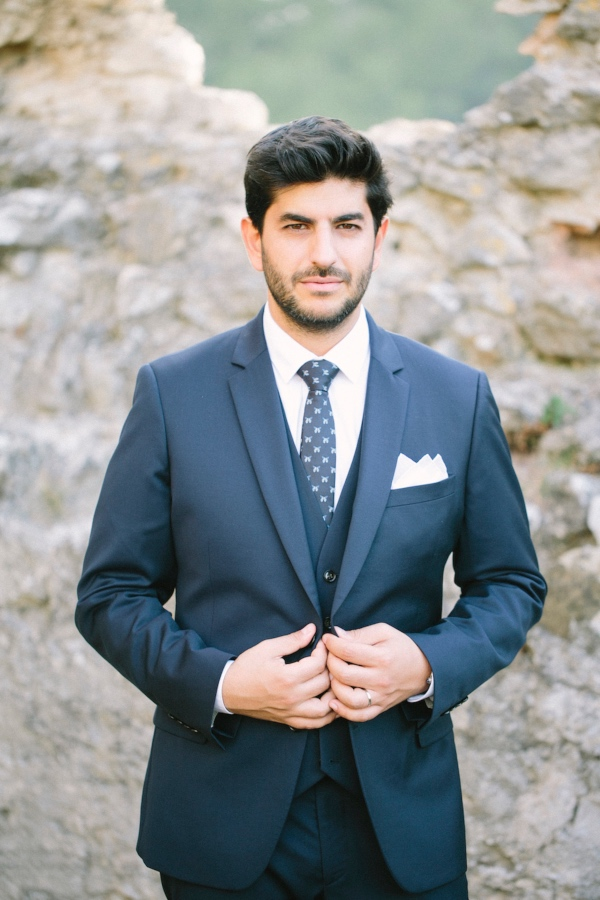 blue grooms suit tie