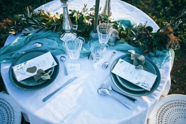 blue sea wedding table decor