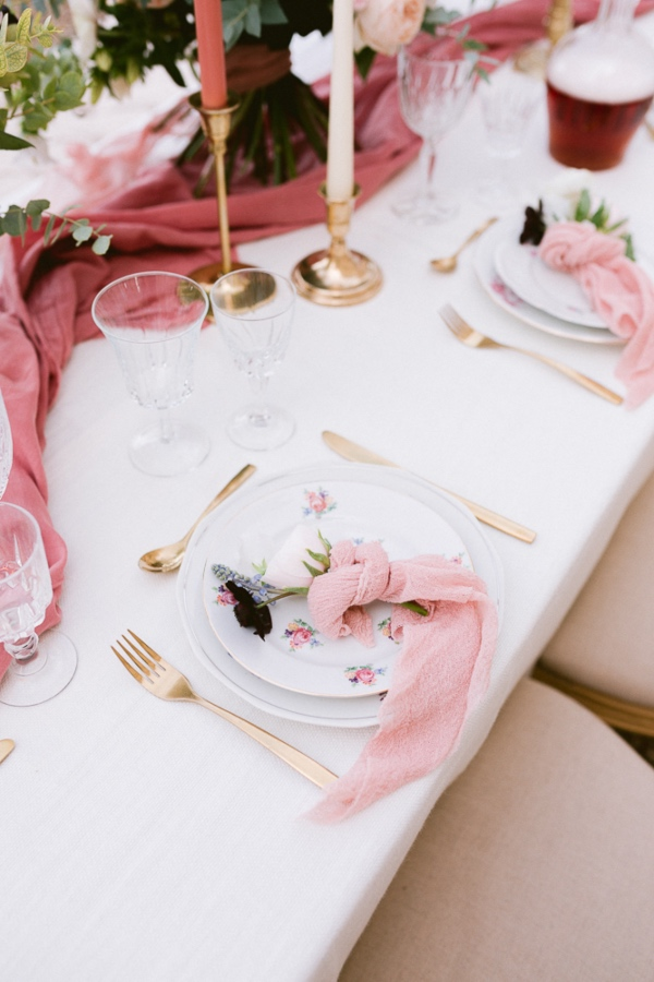 blush pink table setting