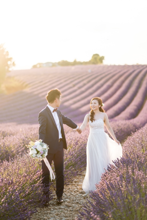 engagement lavender field