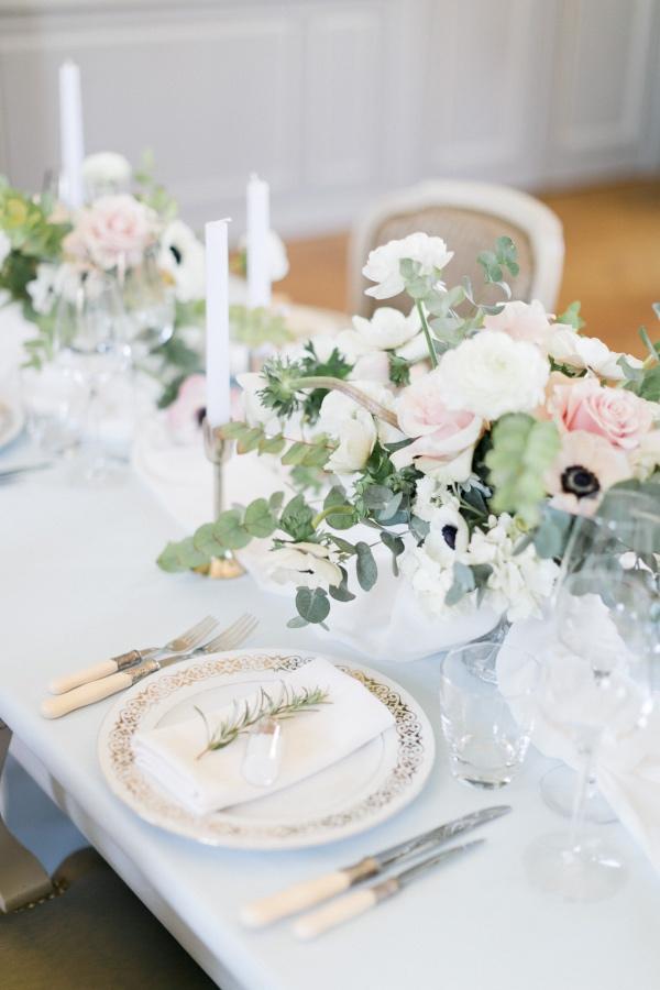 floral table runner design