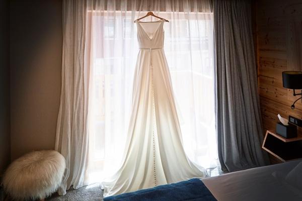 justin alexander gown