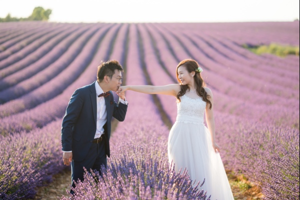 lavender provence couple