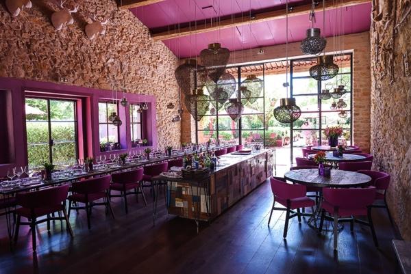 modern pink wedding