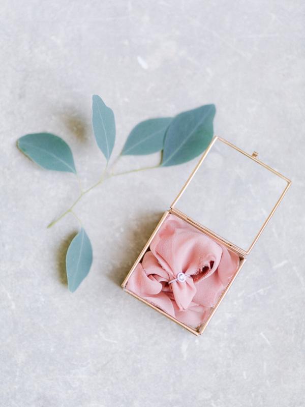 pink bridal box
