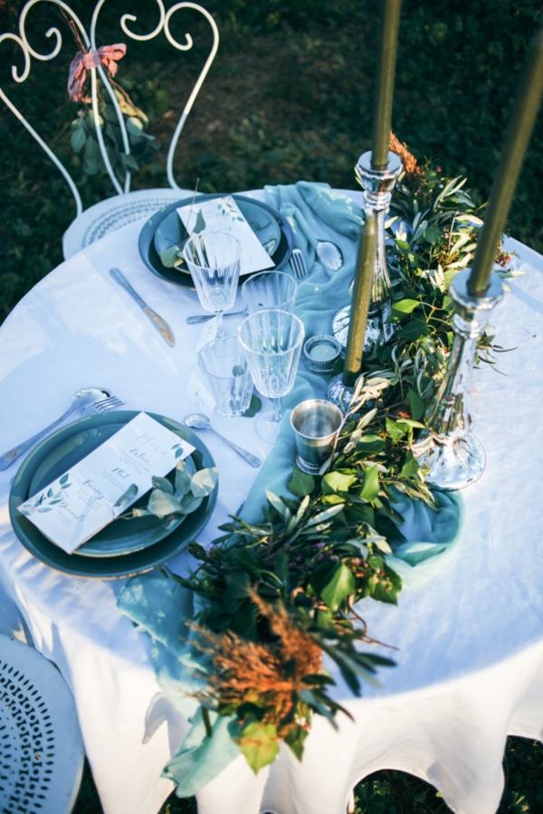 sea green table decor