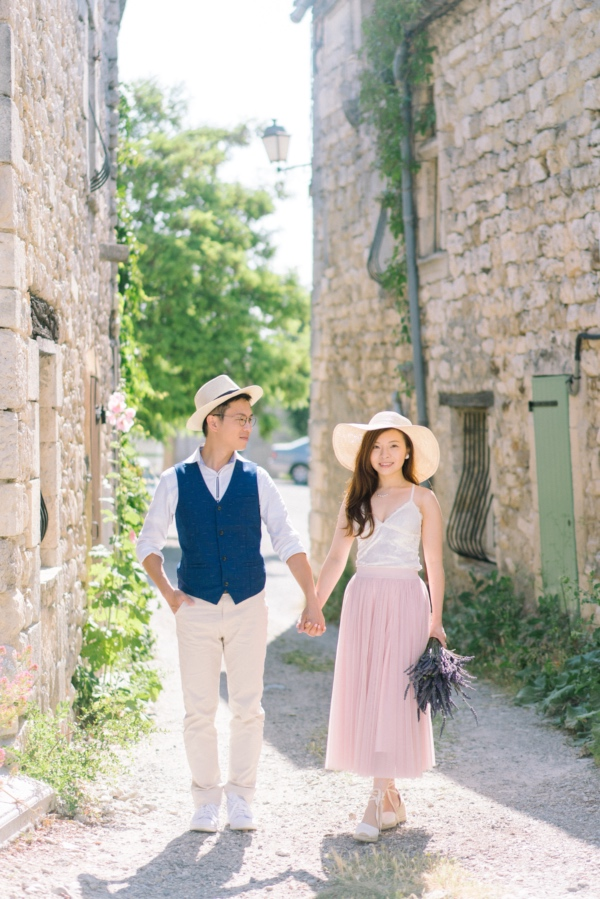 summer french couple