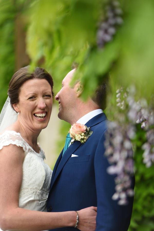 vineyard wedding couple