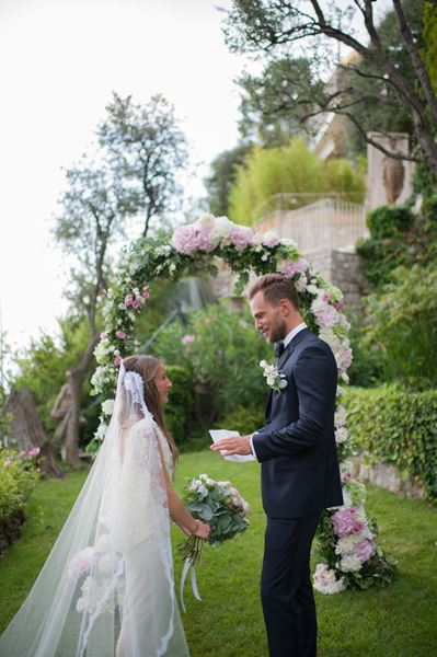 1000 Times Yes South of France Wedding Planner