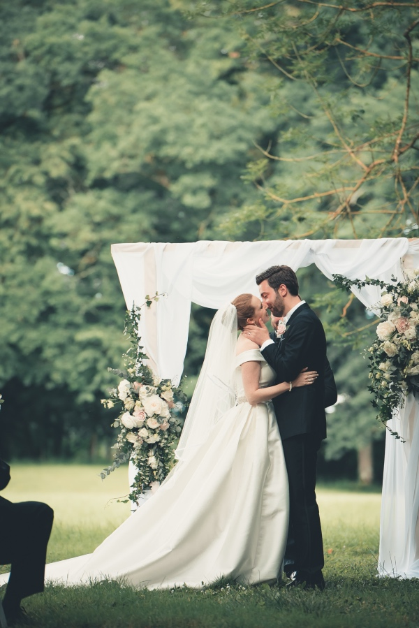 Classical Romantic wedding in Auvergne France