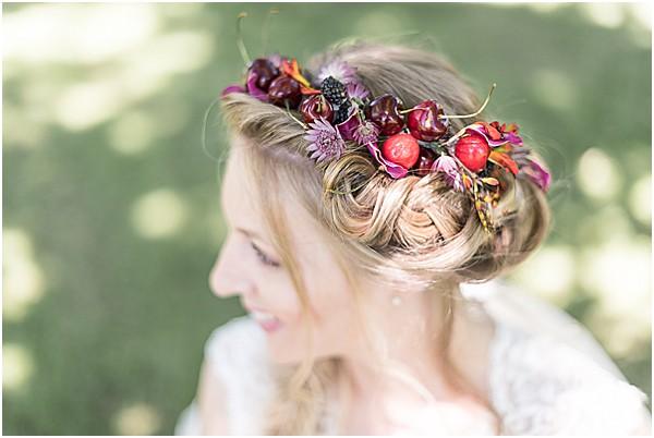 brides hair in a braided fish tail