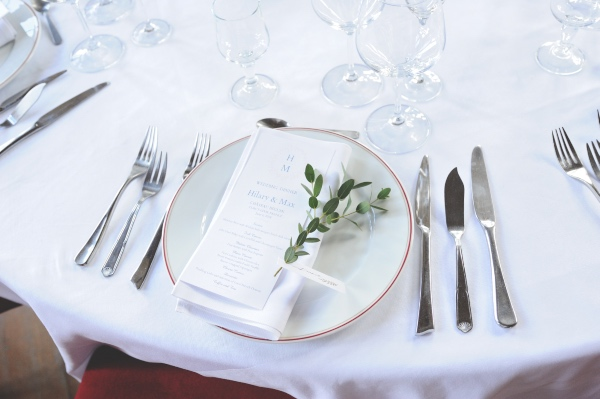 classical place setting