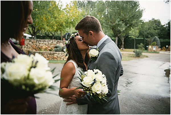 Intimate Ardeche wedding in Provence kissing and in love
