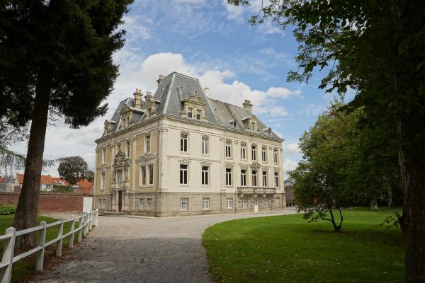 chateau d'hallines