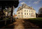 1 Chateau d'Hallines