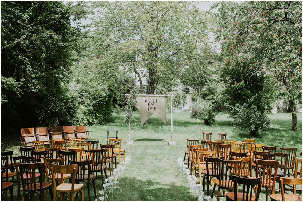 French outdoor wedding ceremony * Image by tub of jelly