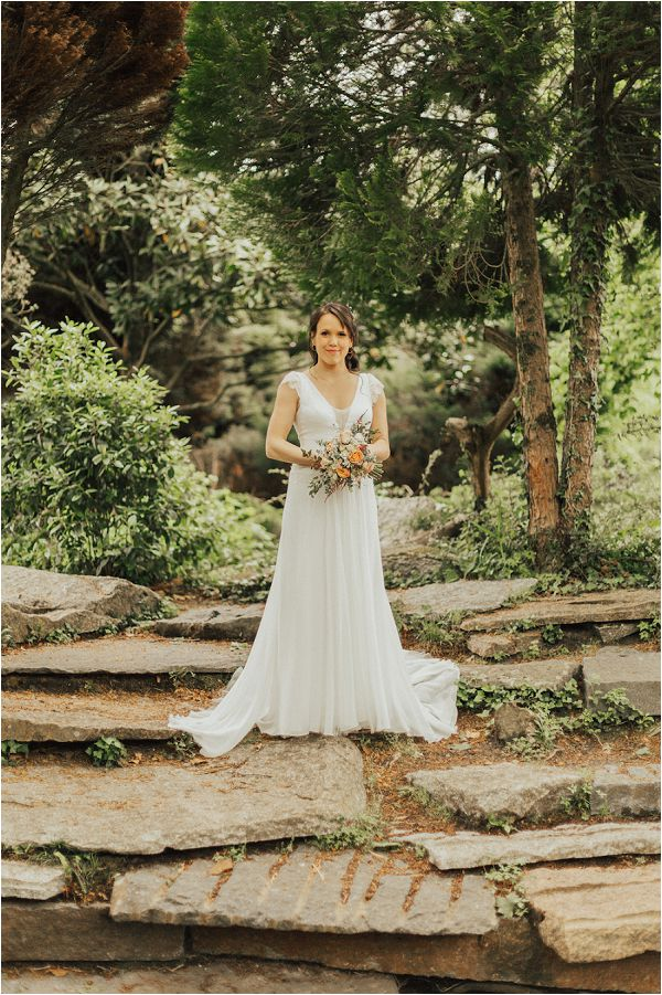French wedding dresses and bridal wear by Matthias Toth Photography