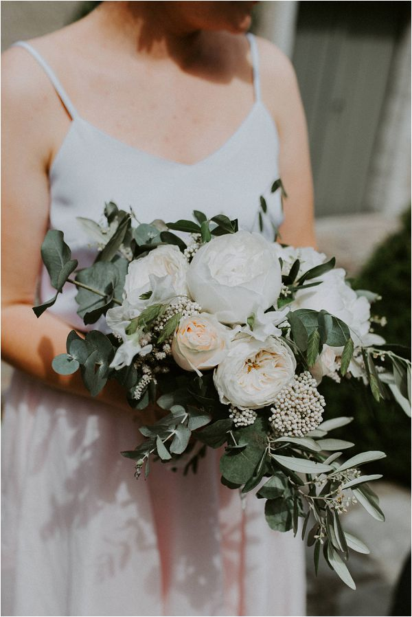 Kathryn Bass Bride and blush bouquet * Image by tub of jelly