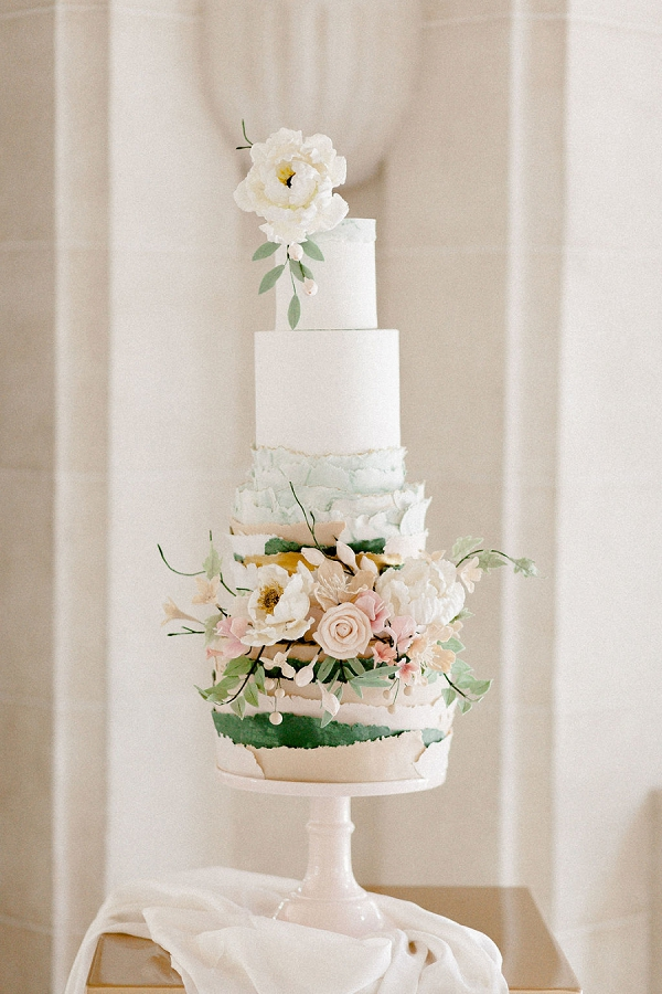 Modern Wedding Cake Paris
