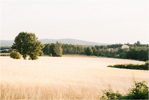 South of France wedding fields | Image by Jeremie Hkb