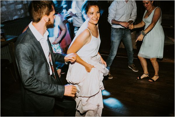 alternative first dance * Image by tub of jelly