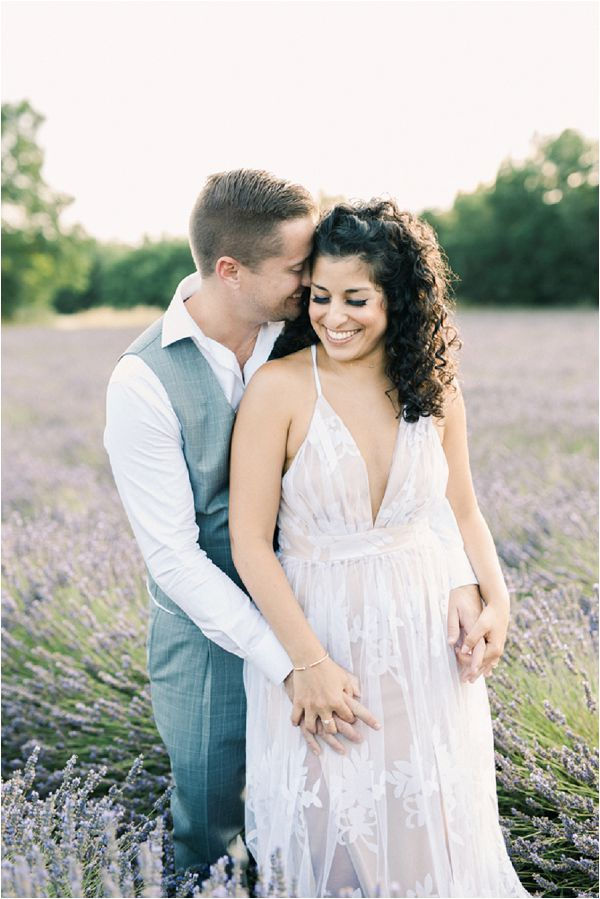 couples shoot in lavender field | Image by Jeremie Hkb