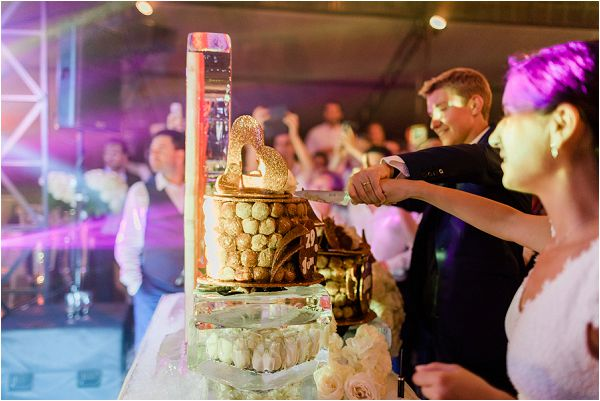 cutting a croquembouche wedding cake * Image by Thomas Raboteur