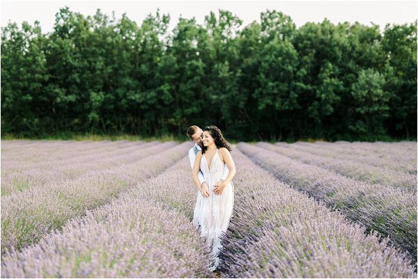 engagement shoot in Provence | Image by Jeremie Hkb