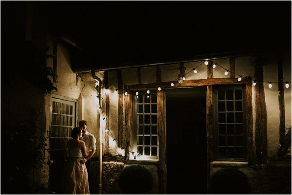 evening wedding lighting * Image by tub of jelly