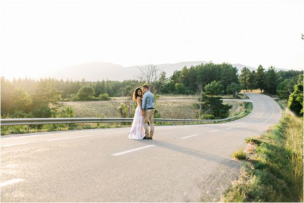 get engaged in SOuth of France | Image by Jeremie Hkb