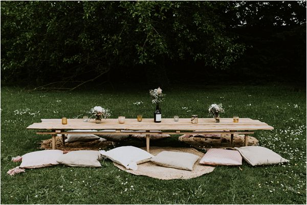ideas for outdoor wedding tables * Image by tub of jelly