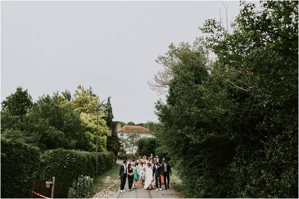 informal wedding day in France * Image by tub of jelly