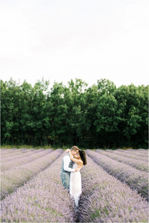 wedding in lavender fields | Image by Jeremie Hkb
