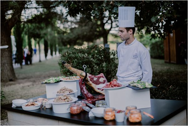 wedding catering options | Image by Mélanie Mélot