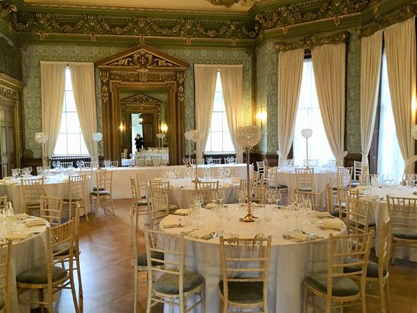 Exquisite Ivory Events planner in the south of france