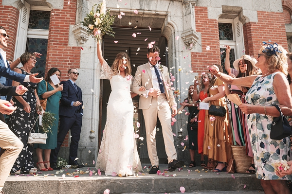 Relaxed wedding at Chateau St Michel