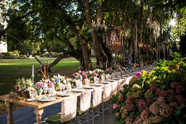wedding breakfast under trees