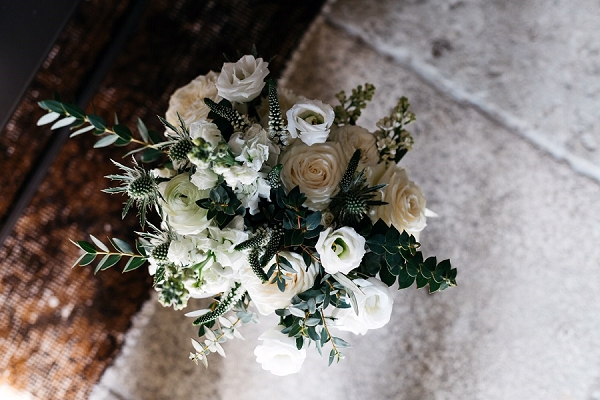white and green Winter Wedding Flower Ideas