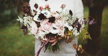 winter wedding bouquet idea