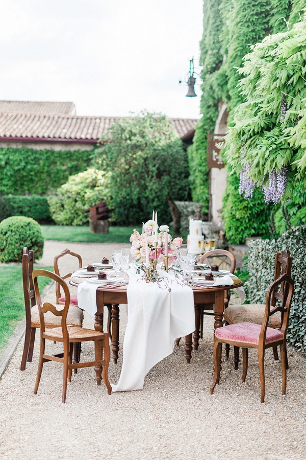 outdoor wedding tablescape inspiration