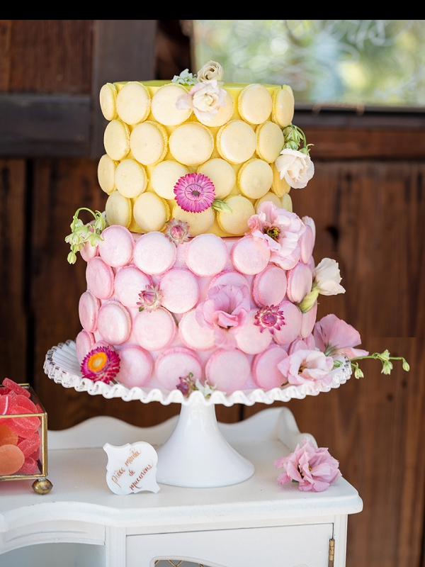 two layer wedding cake