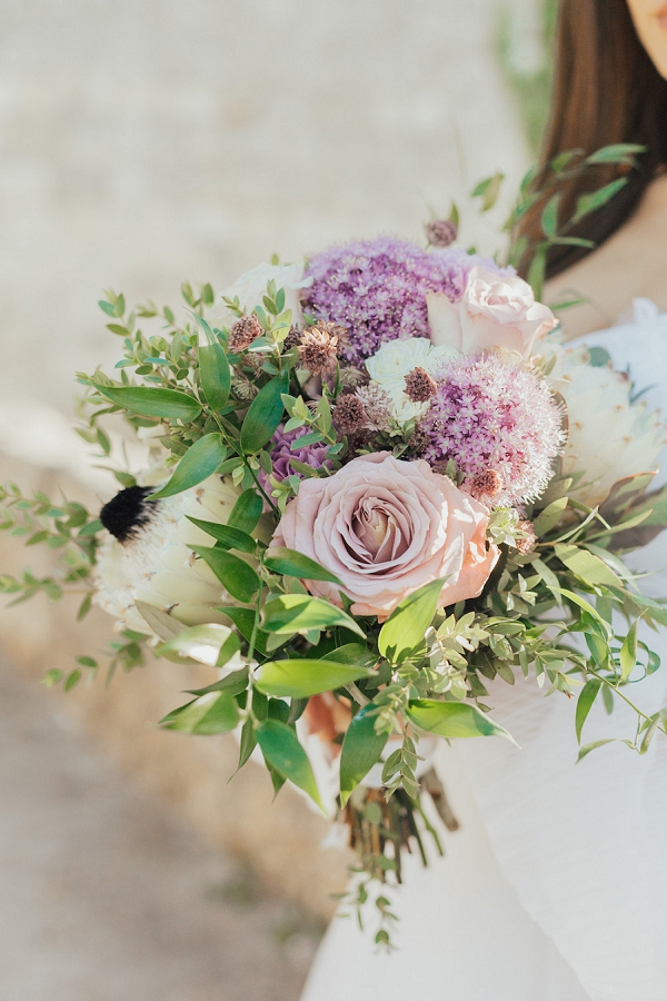 wedding bouquet lilac