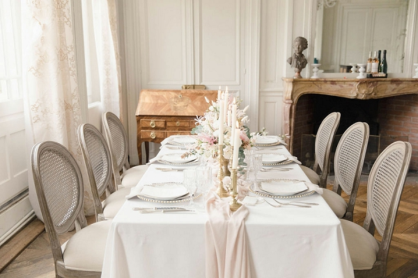 Chateau de Varennes wedding flowers