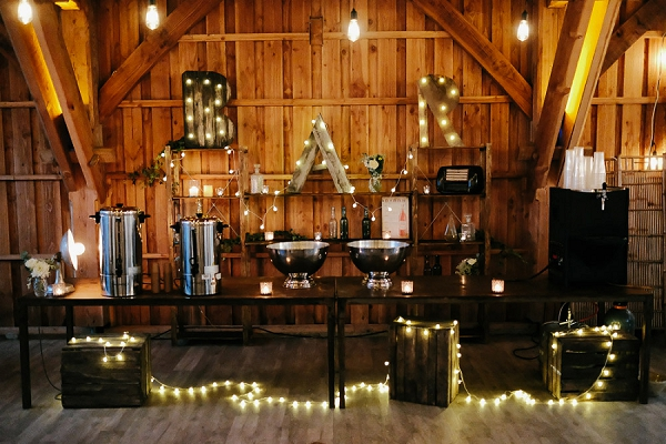 Domaine du Beyssac wedding bar