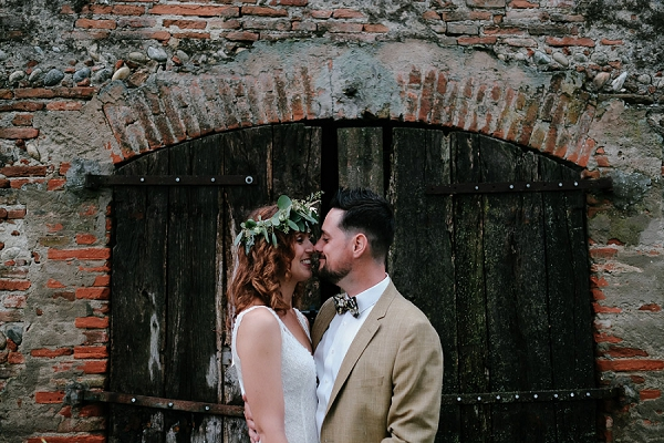 boho Domaine du Beyssac wedding