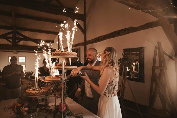 multi tiered wedding cake france