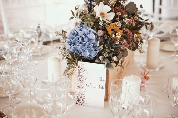 rustic floral arrangements wedding